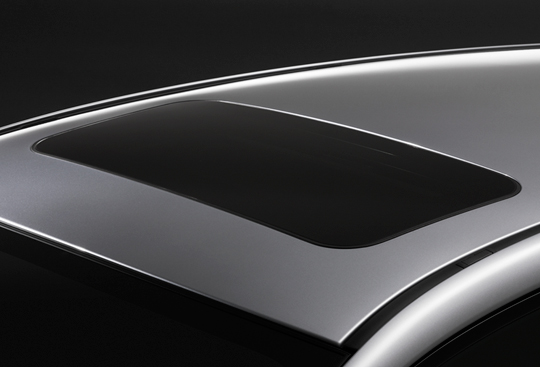 Power-Sliding Tilt-Adjustable Glass Sunroof